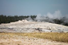 Yellowstone - Old Faithful - 0