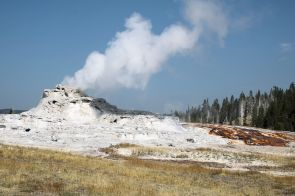 Yellowstone - UGB - Castle Geyser - 1A