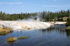 Yellowstone - UGB - Firehole River - 01B