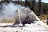 Yellowstone - UGB - Giant Geyser 2