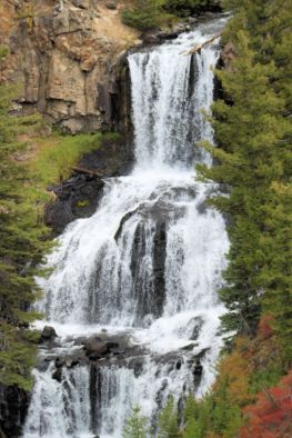 Yellowstone - Undine Falls 2