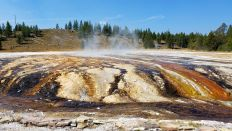 Yellowstone - Upper Geyser Basin - 6